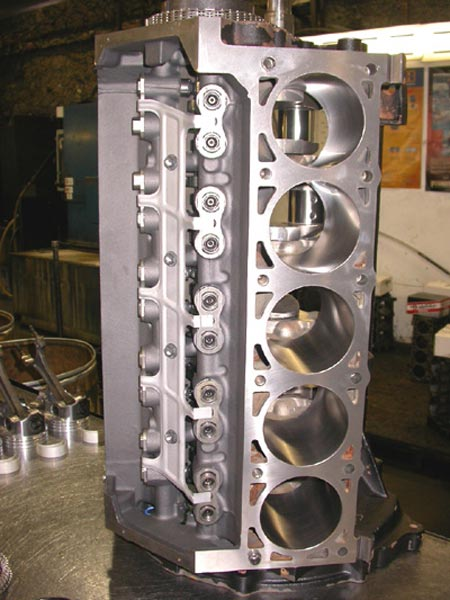 12 bays to handle engine installations quickly